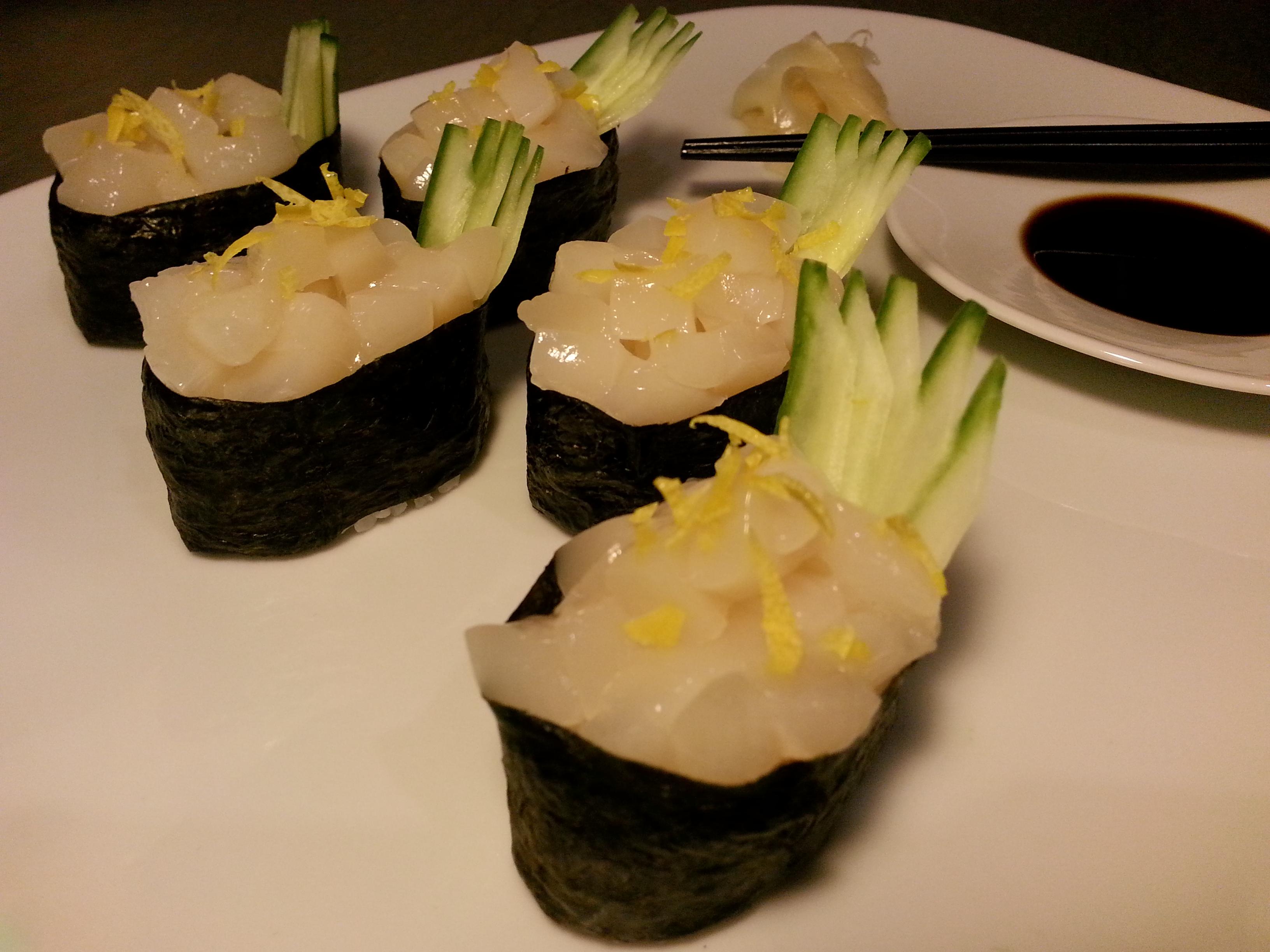 Gunkanmaki – Sushi in Form eines Schlachtschiffs