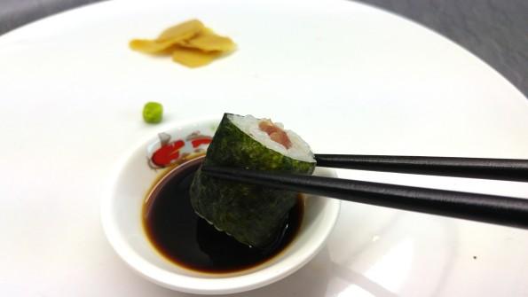 Richtig Hoso Maki Sushi essen