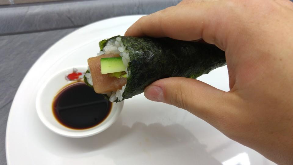 Richtig Temaki Sushi essen