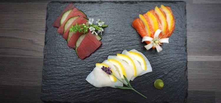 Sashimi: Lachs Thunfisch und Jakobsmuschel