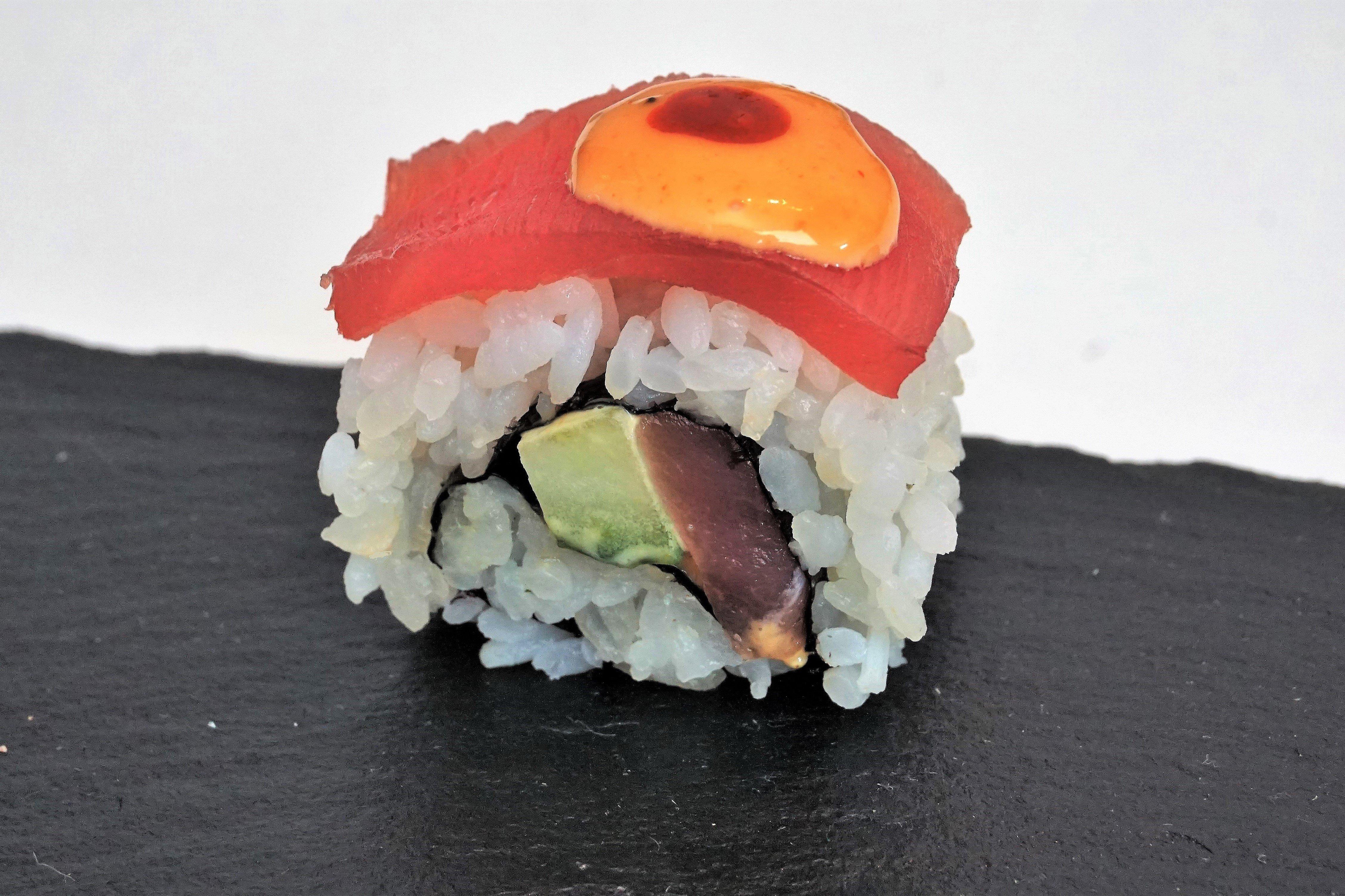 Spicy Tuna Roll - klassisches Sushi mit scharfem Twist